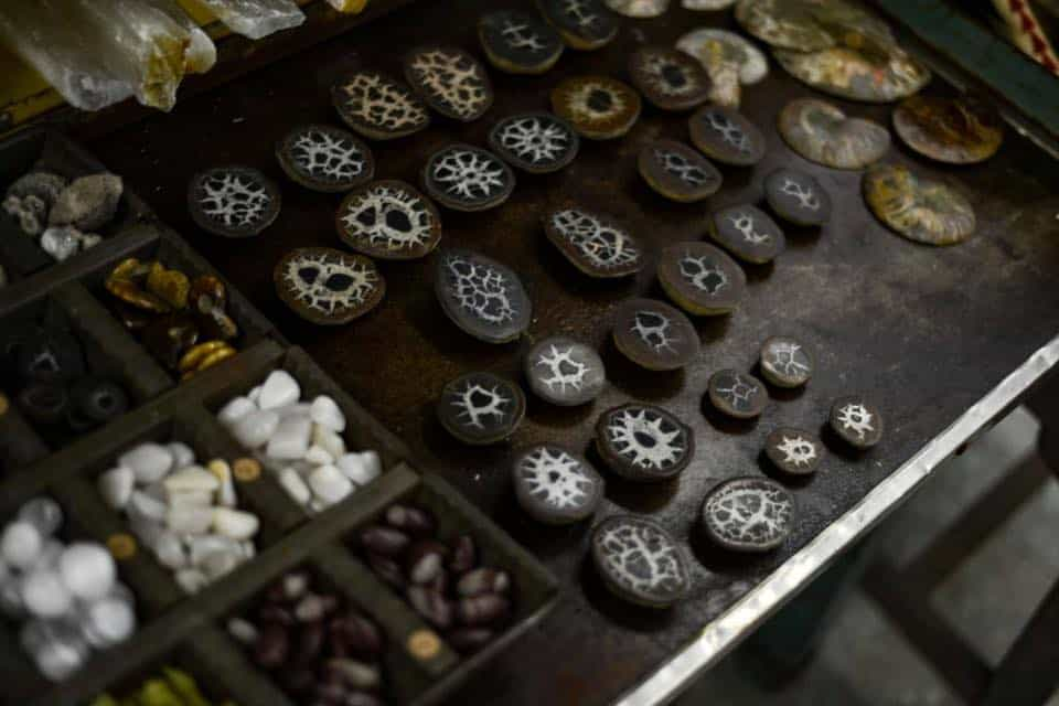 Society Valpo Gemstones Crystals