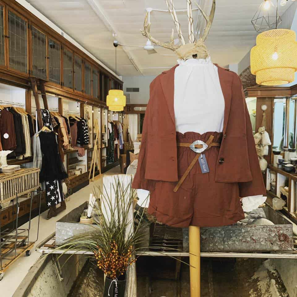 mink 64 crown point mannequin fashion clothing